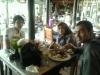 Ibu Desvina dan Keluarga,  Bandung