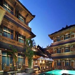 Wina Holiday Villa Kuta